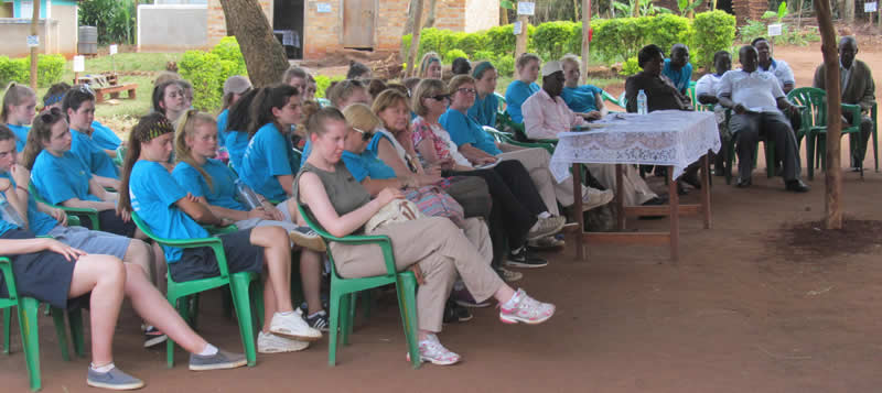 Immersion Programme - Irish Students Visit Kyeicumu Primary Sch.